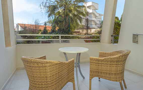 Balkon Standardapartment Aparthotel Fontanellas Playa Mallorca