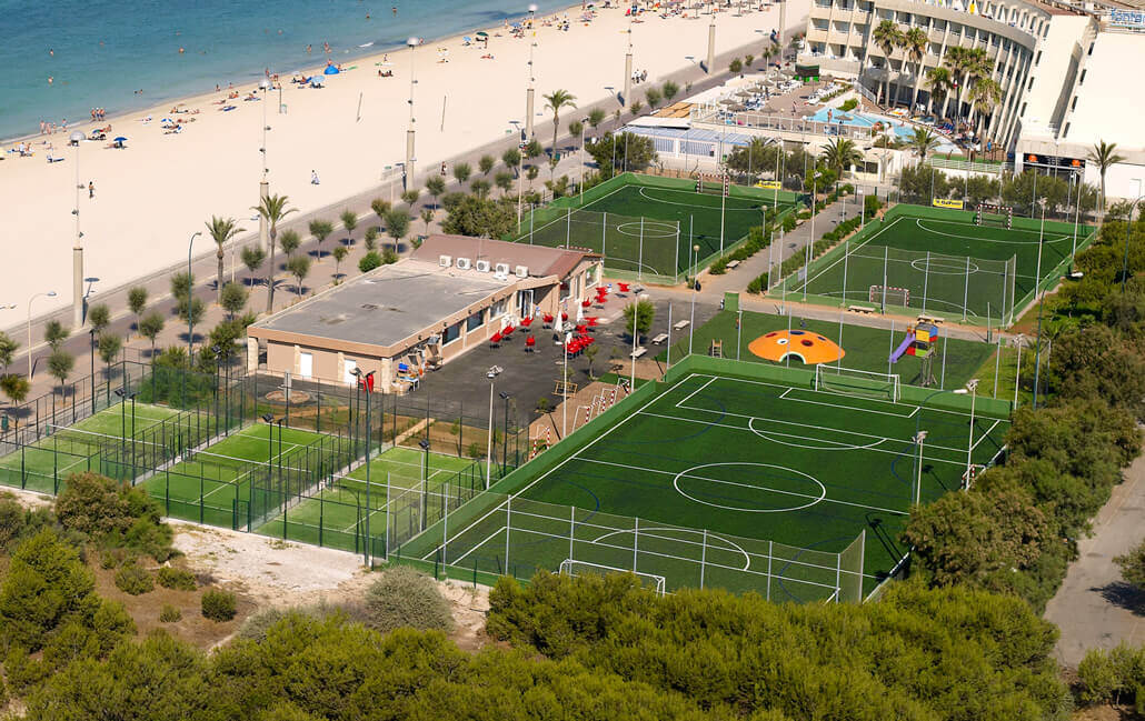 sport area at aparthotel fontanellas playa in majorca